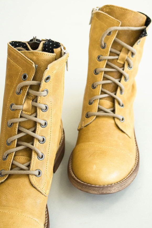Leather Lace Up Boot For Women | ROOLEE