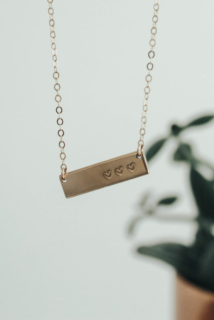 Gold Mini Heart Bar Necklace | ROOLEE