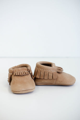 Freshly Picked Weathered Brown Moccasin | ROOLEE Kids