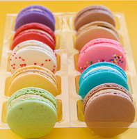 Sleeve of 5 assorted macarons