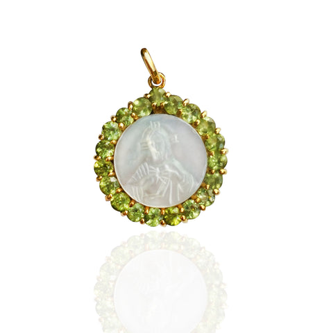 18K Yellow Gold Medal of Sacred Heart of Jesus in MotherPearl with Peridot