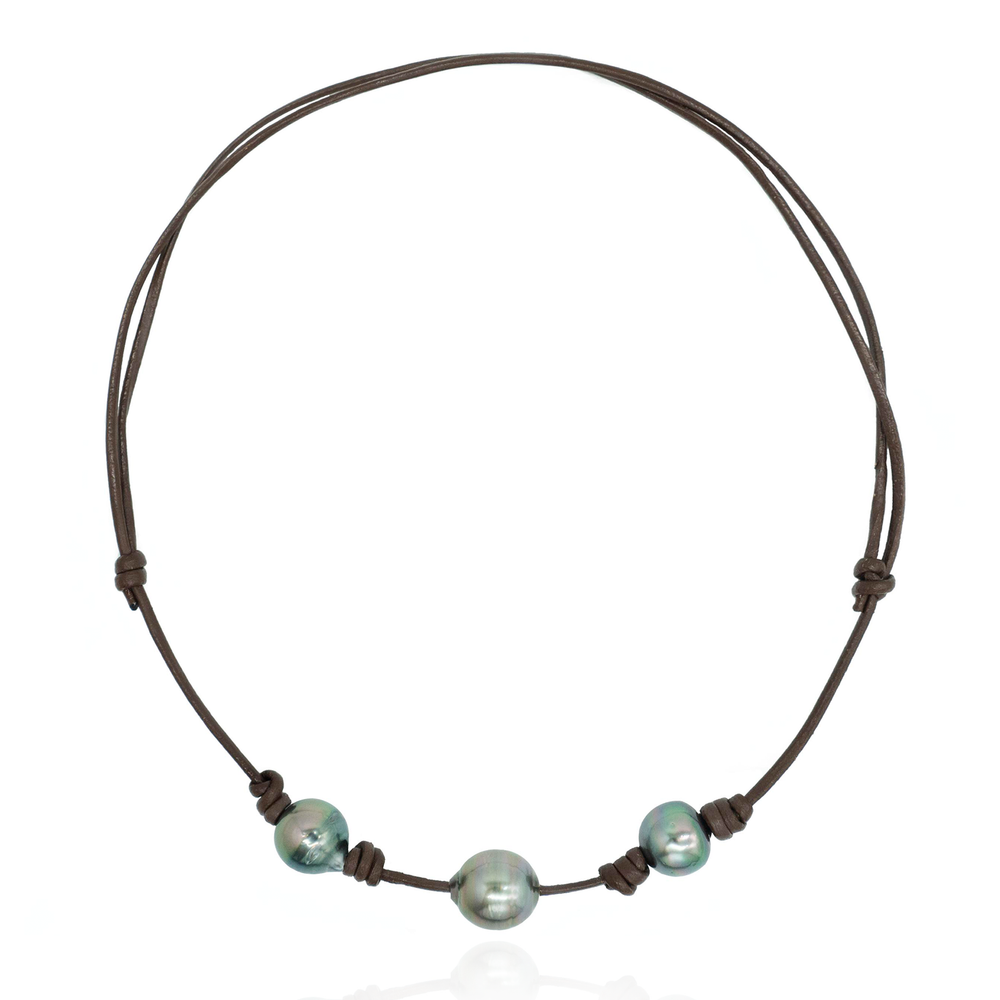 Load image into Gallery viewer, Leather Necklace with South Sea Pearls