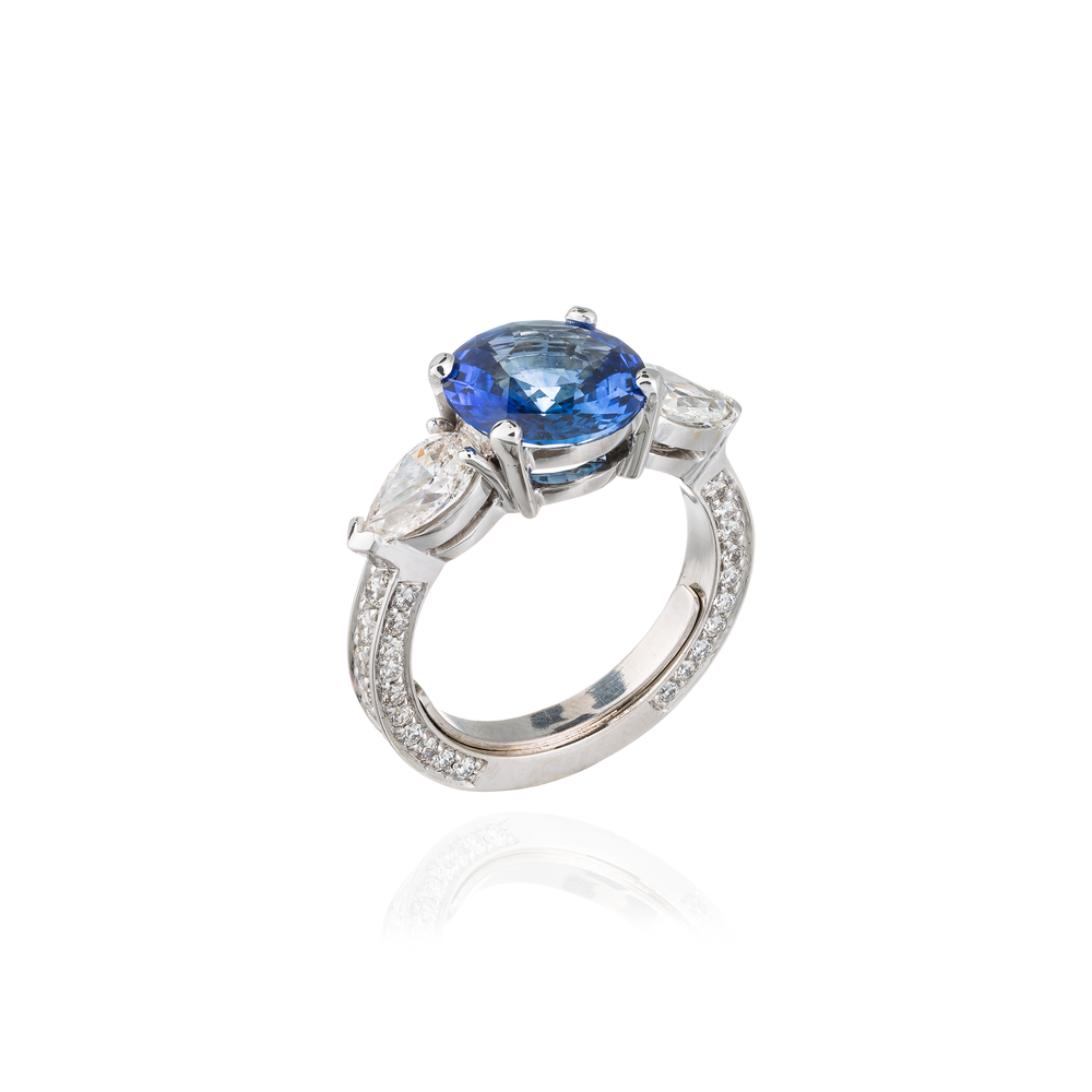 18K White Gold Ring with Ceylon Blue Sapphire & Diamonds