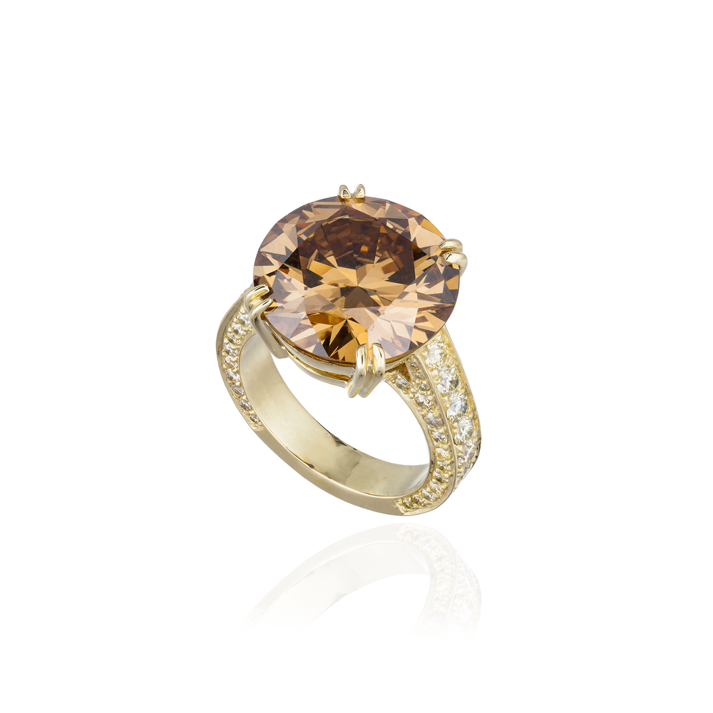 18K Yellow Gold Ring with Oval Faceted Brown Diamond