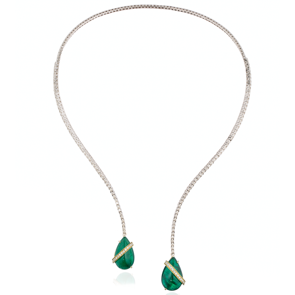 Load image into Gallery viewer, 18k White Gold Necklace with Emerald Cabochon