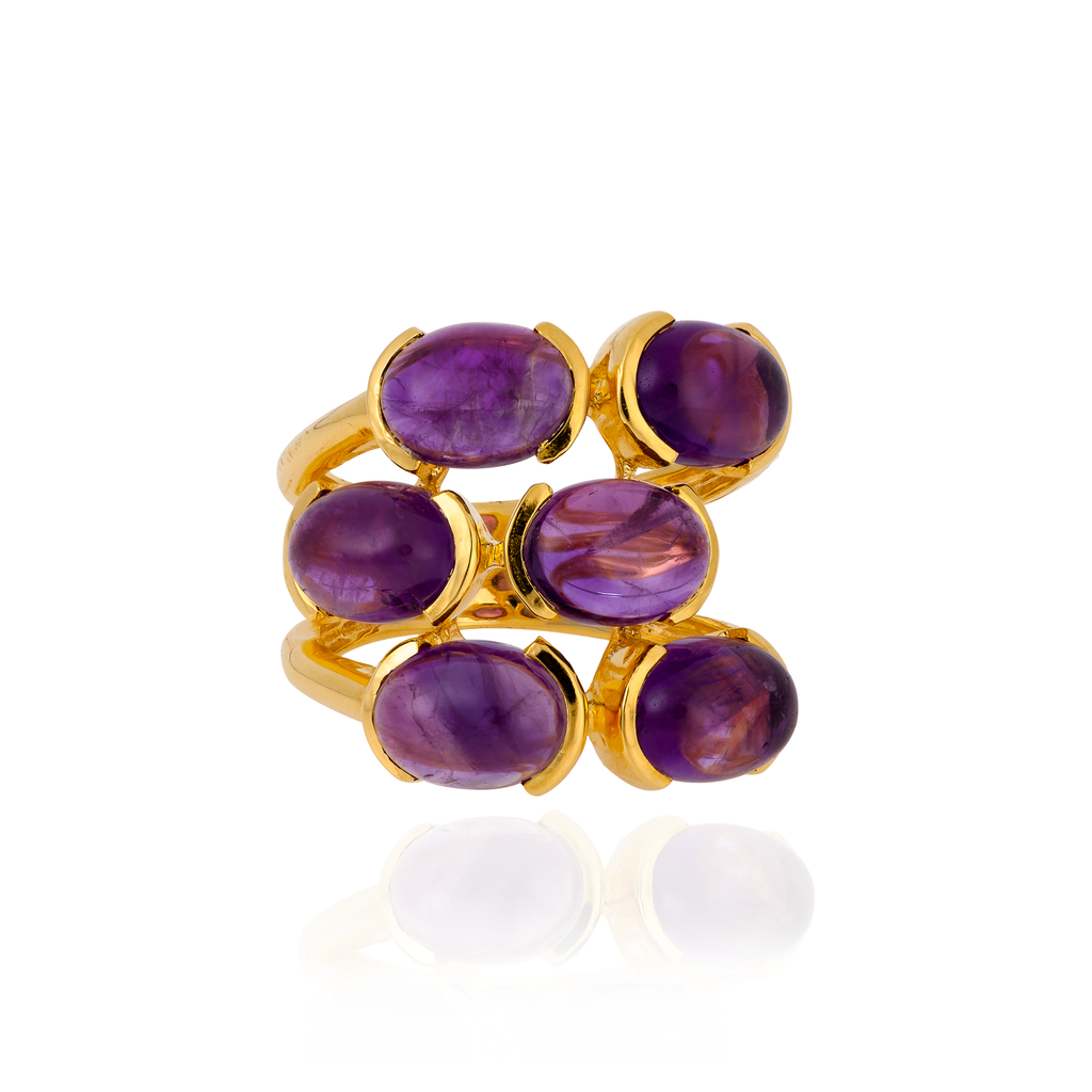 18K Yellow Gold Ring with Amethyst Cabochon