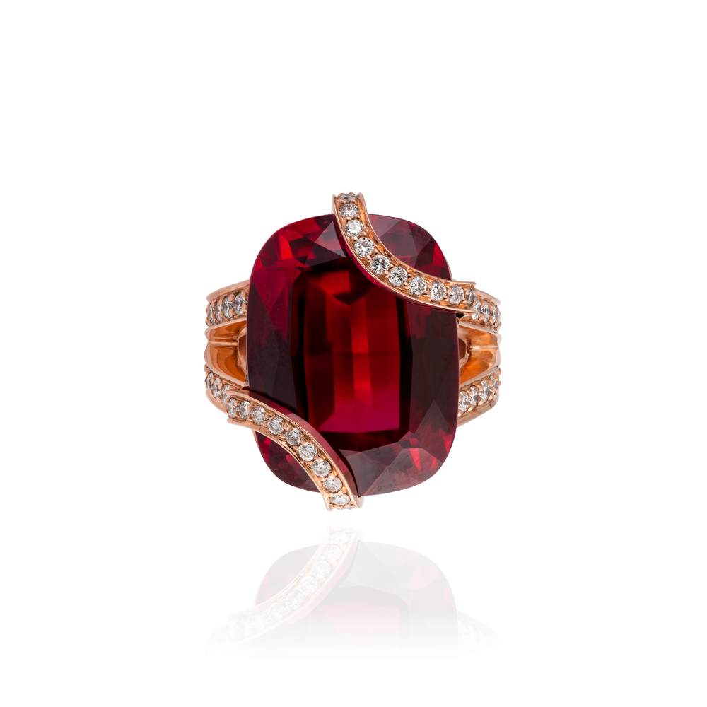 18K Rose Gold Ring with Ruby