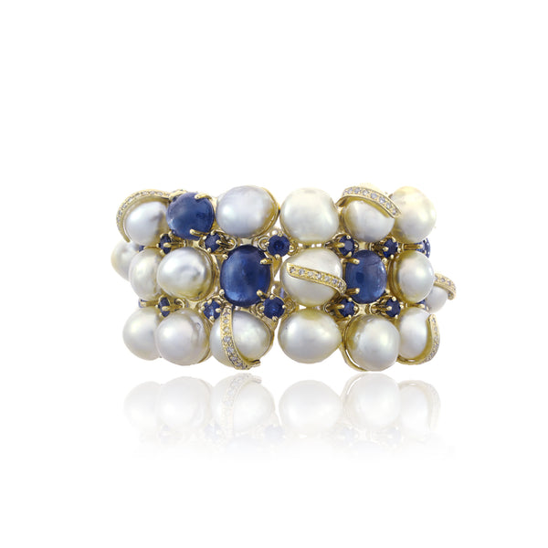 South Sea Pearls and Blue Sapphire Gold Bracelet