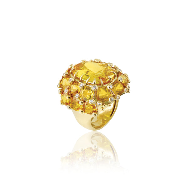 Yellow Gold Ring with Yellow Sapphire