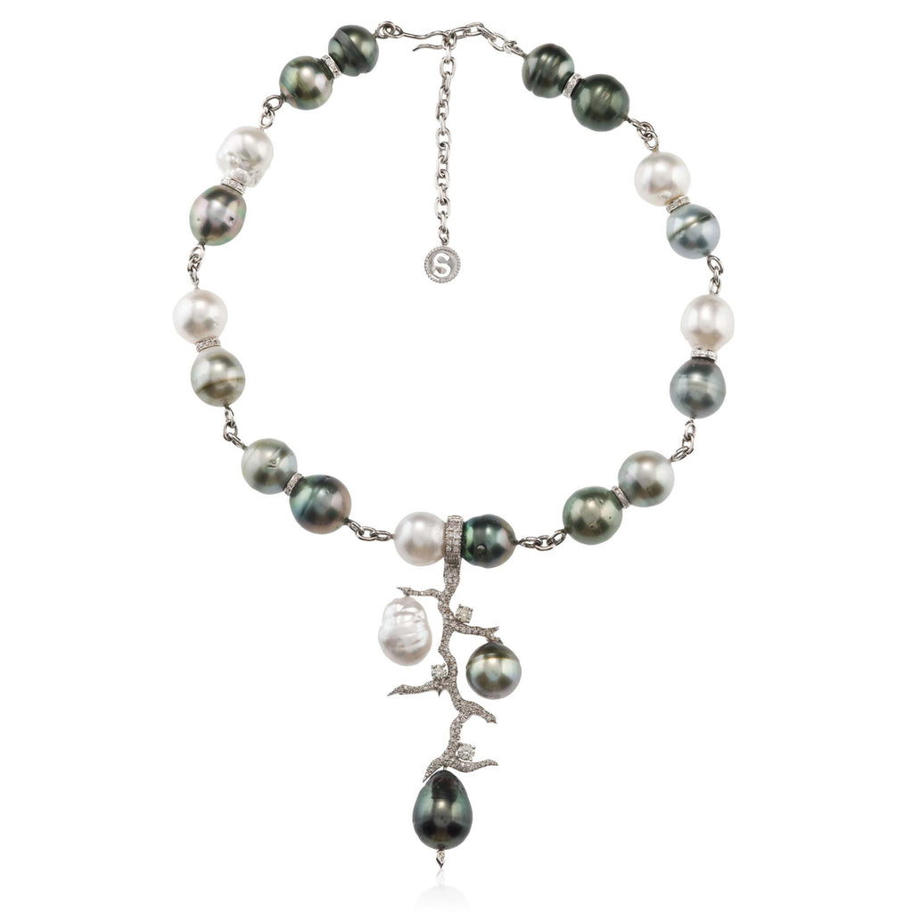 White Diamond and Pearls Necklace White Gold