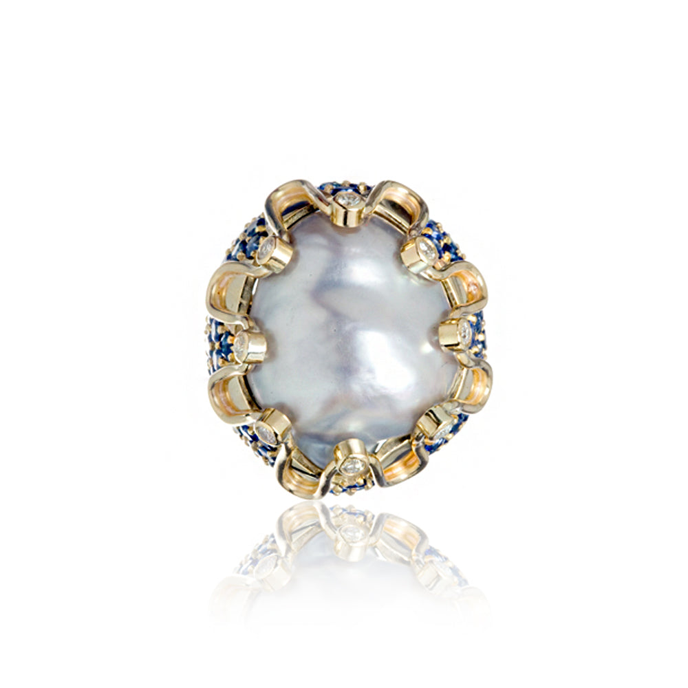 South Sea Pearl Gold Ring with Blue Blue Sapphire