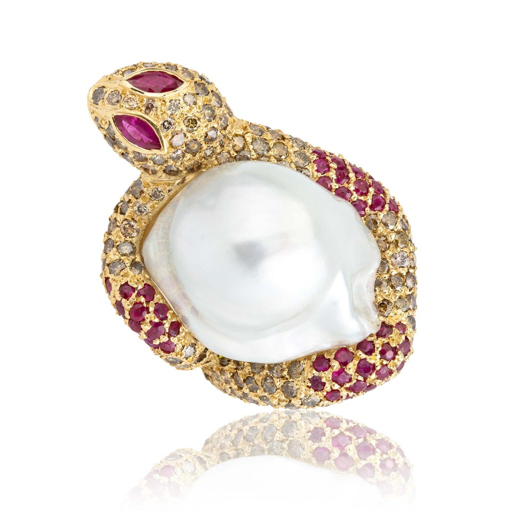 Yellow Gold Snake Ring with Cherry Diamond