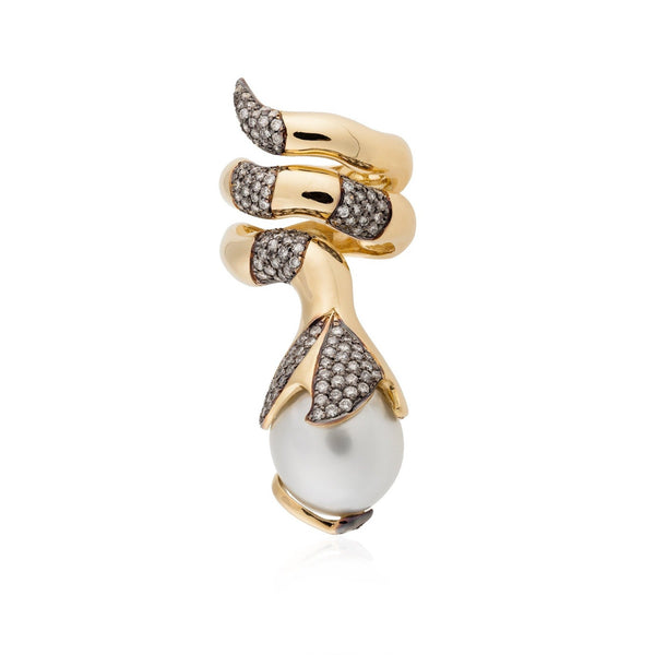 18k Yellow Gold Ring with South Sea Pearl and Diamonds
