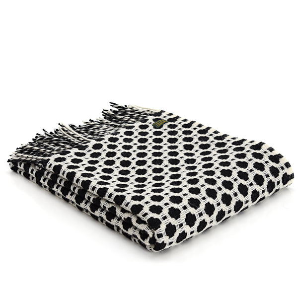 Tweedmill Textiles - Lifestyle Crossroads Throw - Black