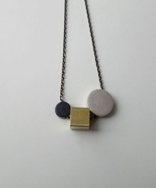 Brass & Bold - Medium necklace