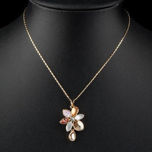 Blooming Flower Crystal Necklace KPN0114 - KHAISTA Fashion Jewellery