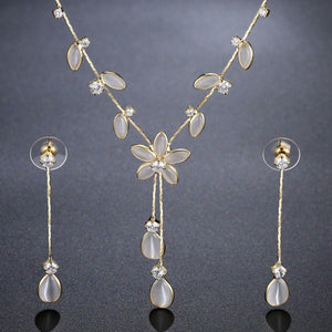 Cat's Eye Stone Flower Jewelry Set Leaves Design With Clear Cubic Zirconia - KHAISTA Fashion Jewellery