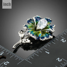 Load image into Gallery viewer, Clear Cubic Zirconia Artistic Leaf Flower Brooch - KHAISTA Fashion Jewellery