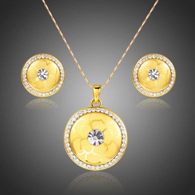 Flower Pattern Bridal Pendant Necklace Set - KHAISTA Fashion Jewellery