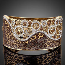 Load image into Gallery viewer, Golden Leopard Crystals Cuff Bangle -KBQ0010 - KHAISTA Fashion Jewelry