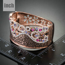 Load image into Gallery viewer, Jaguar Print Crown Bangle - KHAISTA Fashion Jewellery