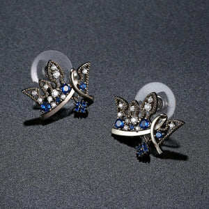 Paved Blue Cubic Zirconia Crown Stud Earrings -KFJE0419 - KHAISTA4
