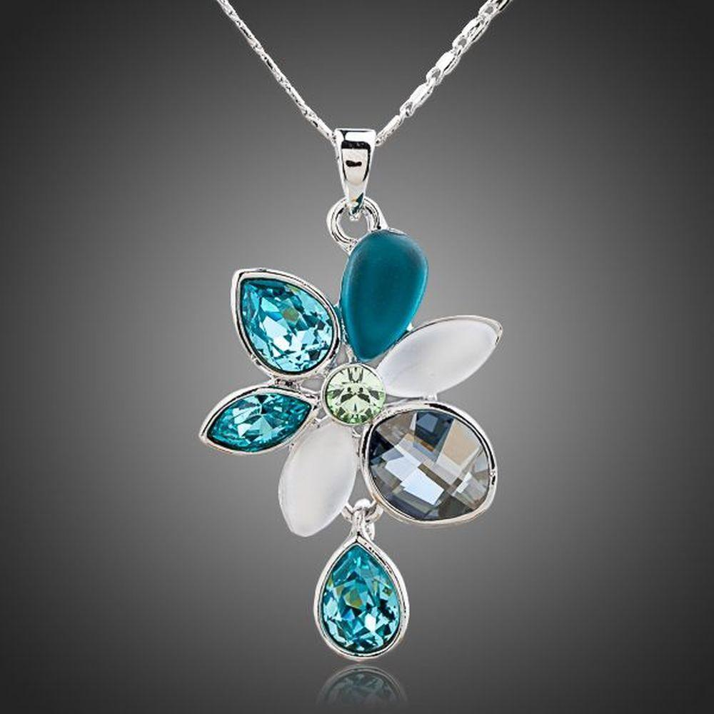 Rain Drop Daisy Necklace - KHAISTA Fashion Jewellery