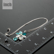 Load image into Gallery viewer, Rain Drop Daisy Necklace - KHAISTA Fashion Jewellery