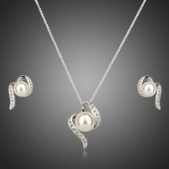 Round Pearl Stud Earrings and Necklace Set - KHAISTA Fashion Jewellery