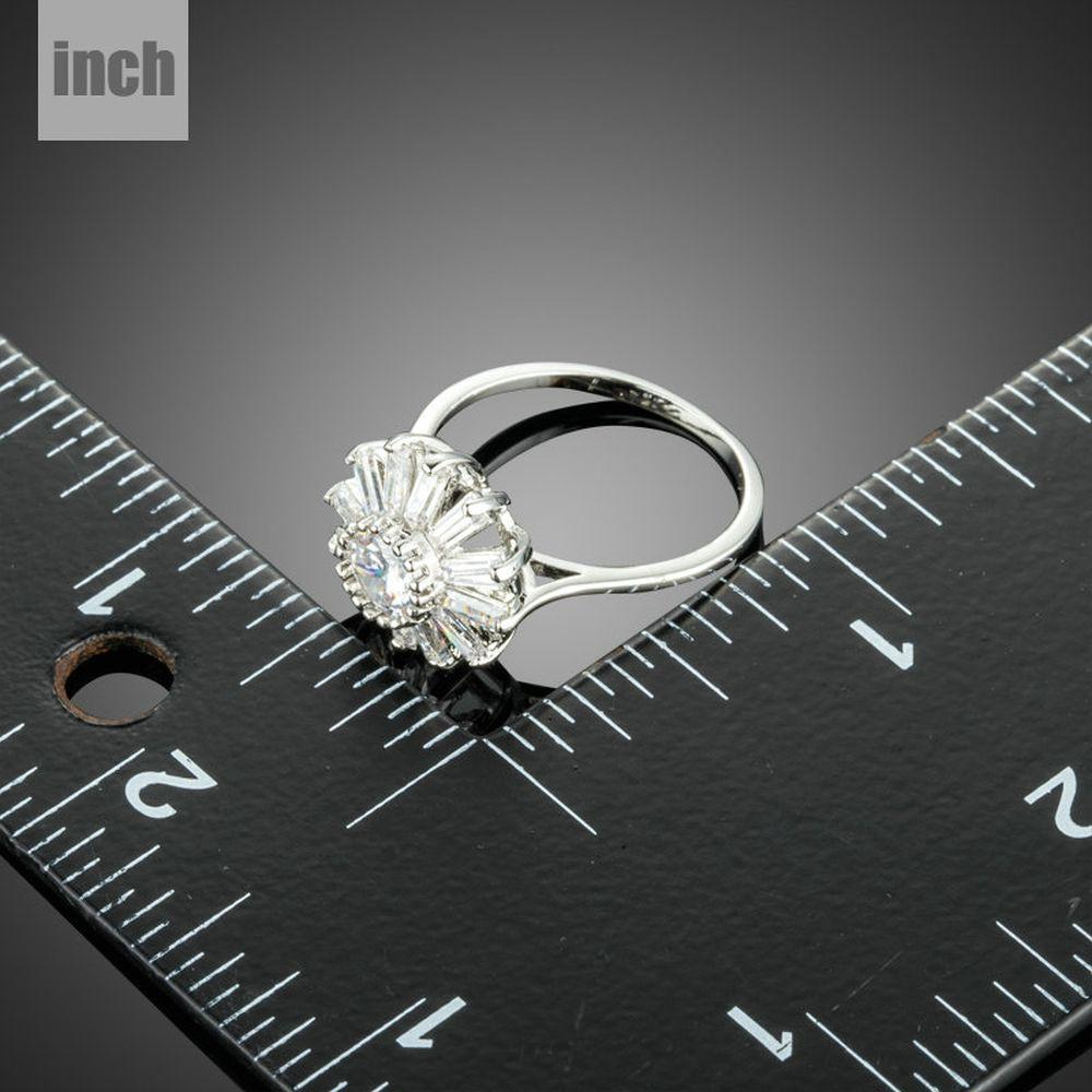 Snowflake Cubic Zirconia Finger Ring - KHAISTA Fashion Jewellery