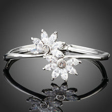 Load image into Gallery viewer, White Gold Cubic Zirconia Flower Bangle -KBQ0043 - KHAISTA Fashion Jewelry