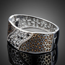 Load image into Gallery viewer, White Gold Leopard Bangle -KBQ0076 - KHAISTA Fashion Jewelry