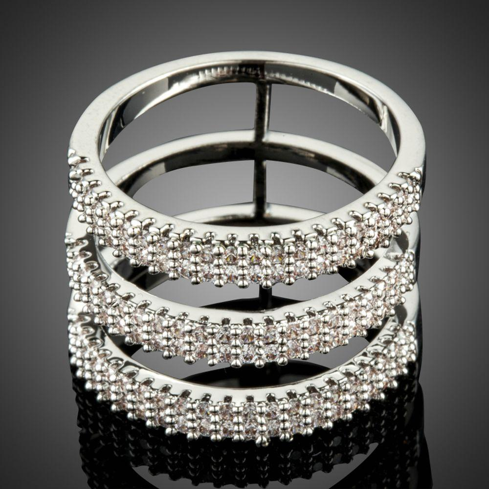 White Golden Cocktail Ring For Women - KHAISTA Fashion Jewellery