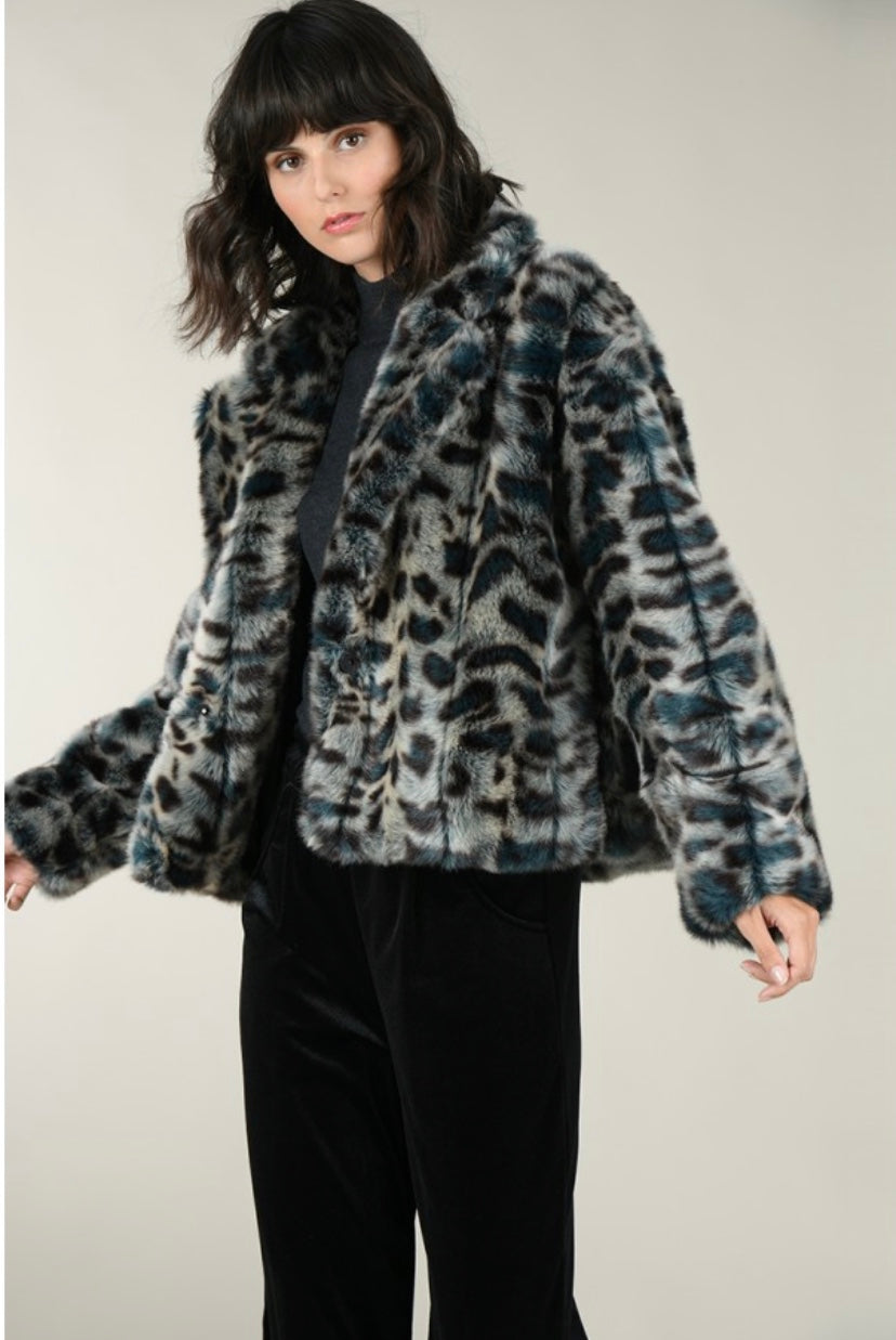 Premium Woven Fur Jacket - dolly mama boutique