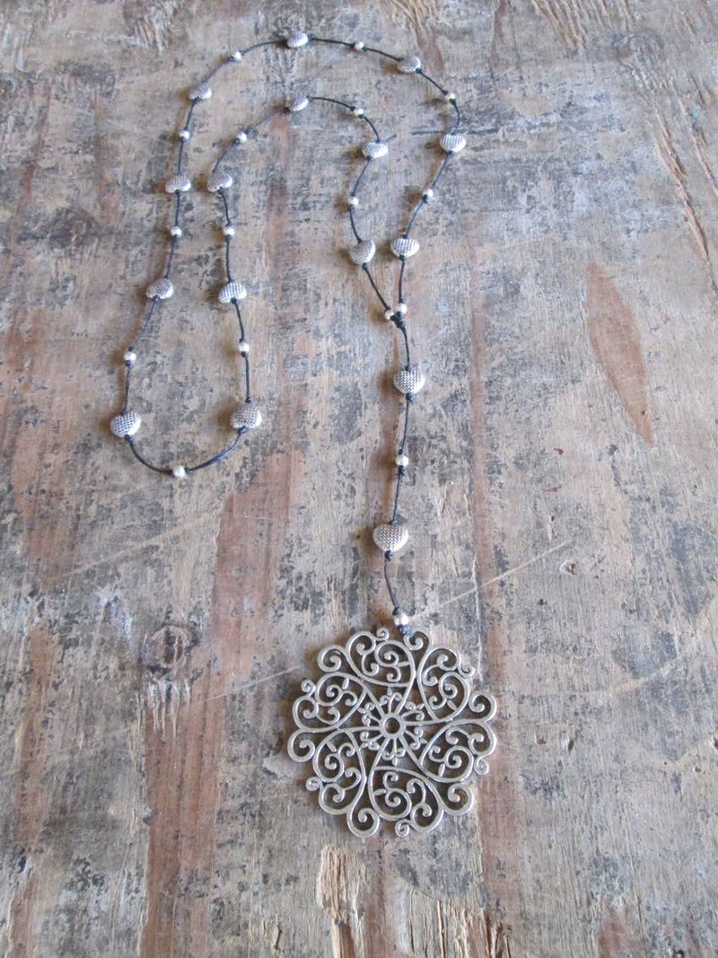 Silver Dream Catcher Alloy Necklace - dolly mama boutique