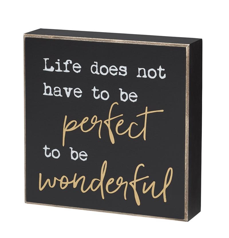 Life is Wonderful Wooden Sign - dolly mama boutique