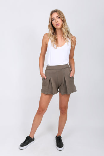 Utilitarian Pleated Short