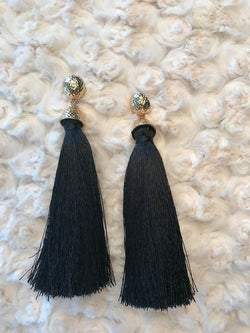 Black Tassel Ear