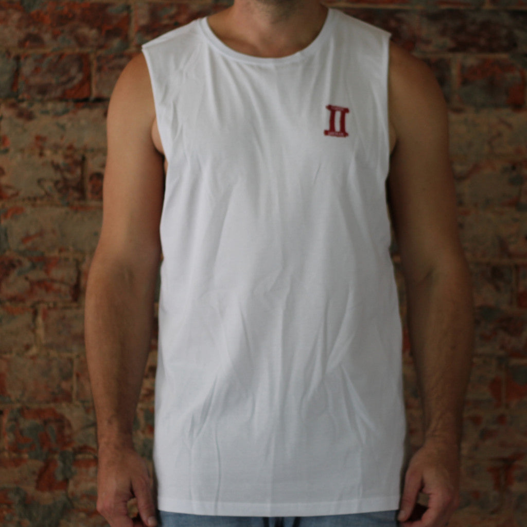 Muscle T small front large back