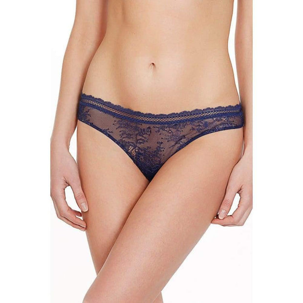 Burlesque Thong-Addiction Nouvelle Lingerie