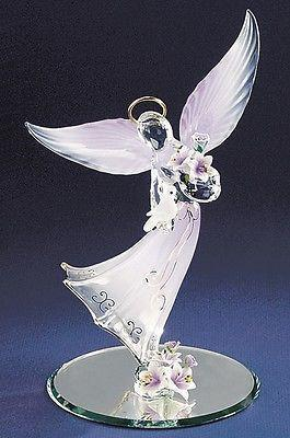 Lavender Angel with Dove ~ A7 883L