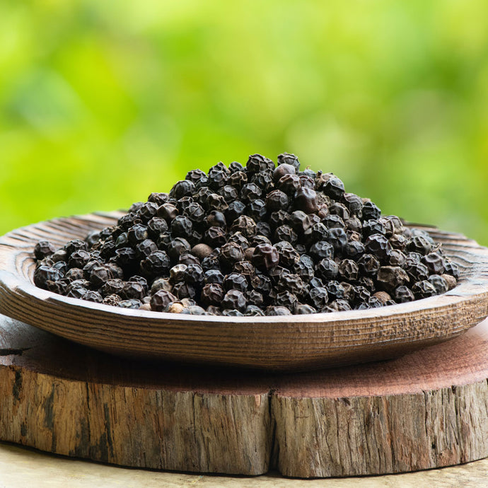 Absorption Issues? 4 Ways Black Pepper Optimizes Your Supps