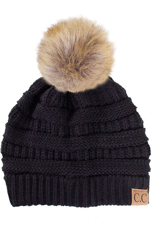 Beanie With Pom Pom Black