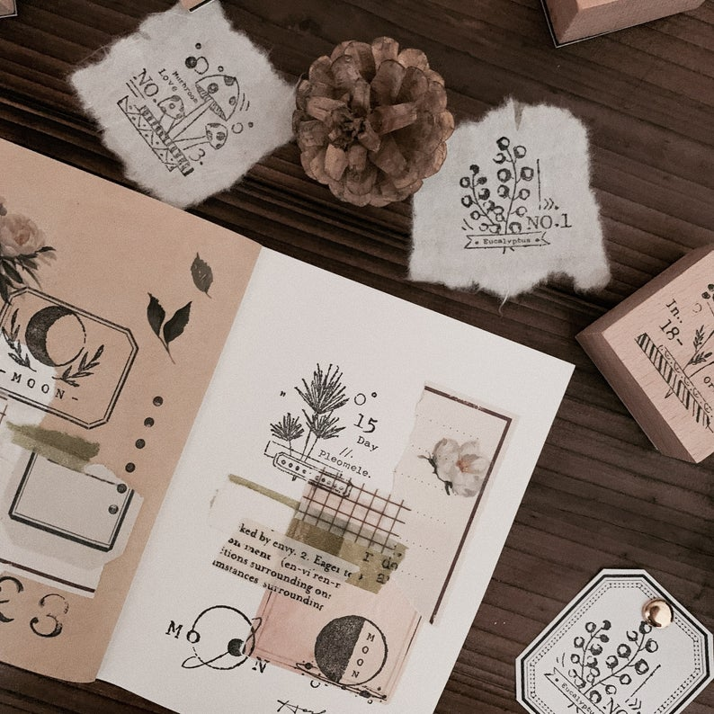 Botanical Motifs Wooden Stamps Set