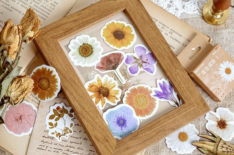 Pressed Flowers Box Stickers Set