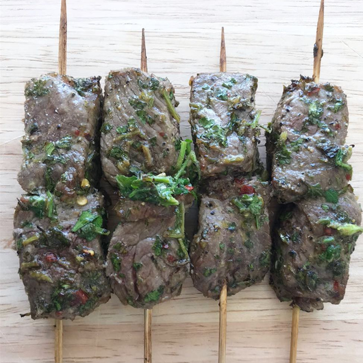 Beef skewers in chimichuri sauce with roasted capsicum mayonnaise