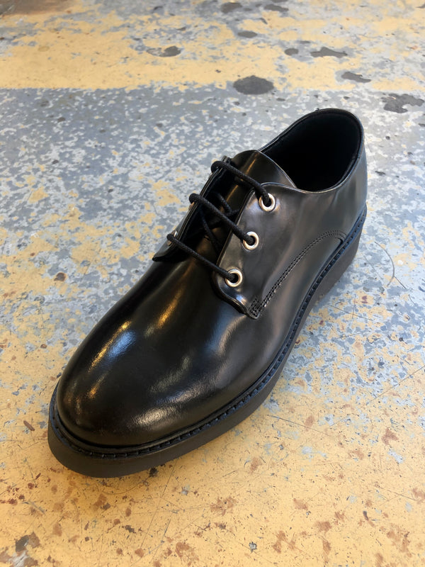 Billie Derby Shoe