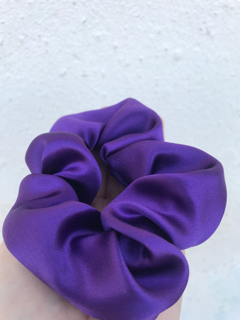 PURPLE SILK SCRUNCHIE