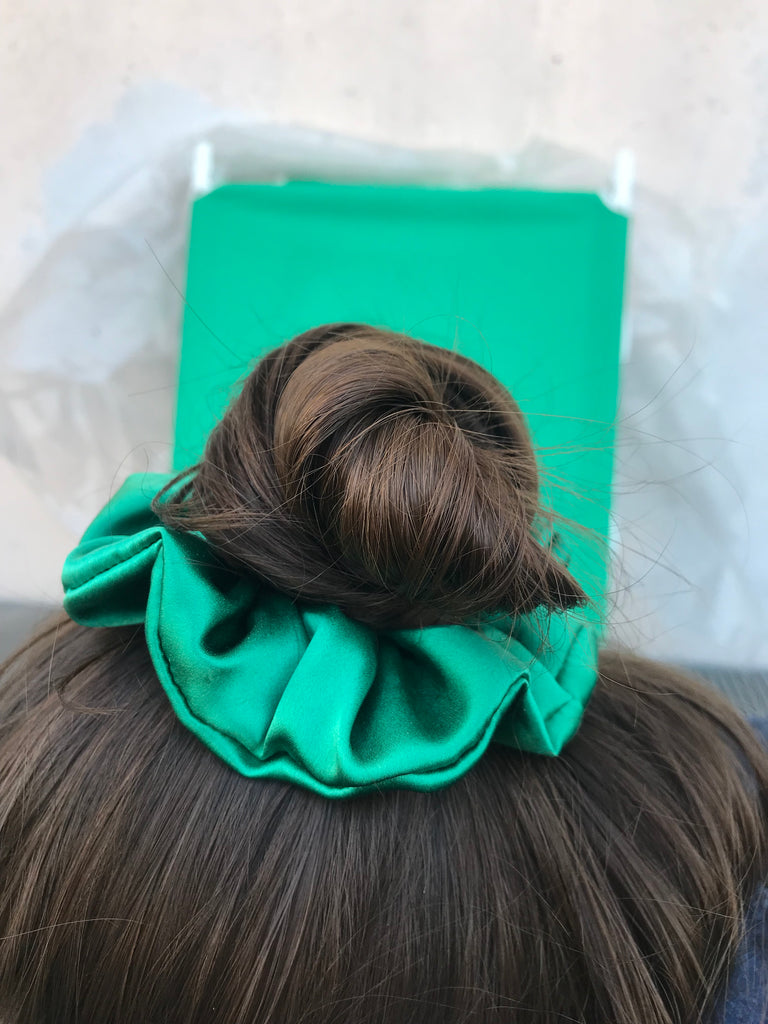 SCRUNCHIE SILK GREEN
