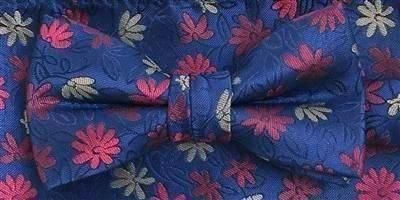 Zazzi Boys Navy Floral Bow Tie and Matching Pocket Square